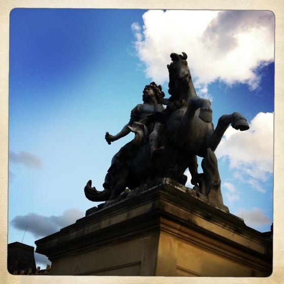 csc_statue_louis
