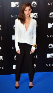 emma-watson-j-mendel-black-and-white-jumpsuit-h724