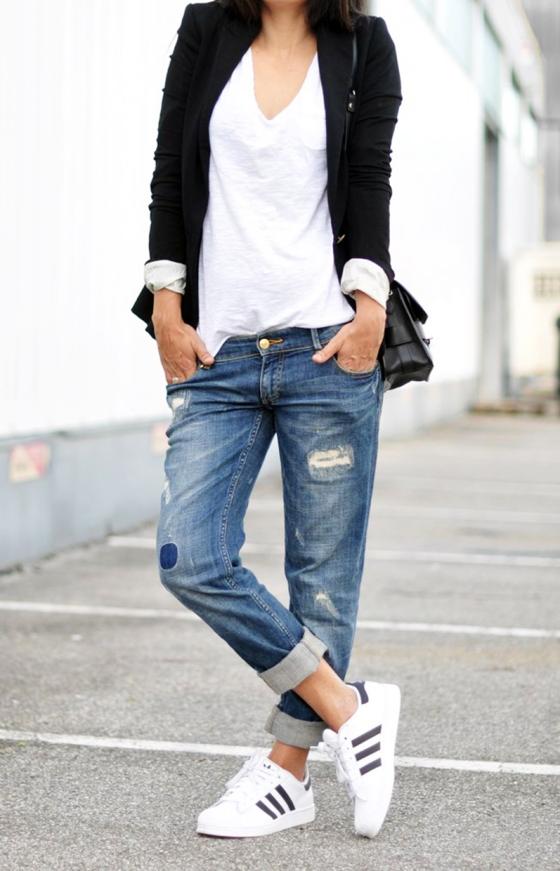 fashion landscape Adidas Super Star II Sneakers Zara blazer + jeans Céline sunglasses