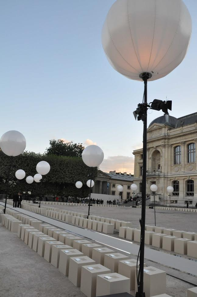 The stuff of paris fashion week dreams at givenchy pfw for Location paris 10