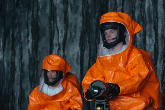 ARRIVAL (Right) Mark O'Brien as Cpt. Marks in ARRIVAL by Paramount Pictures Photo credit: Jan Thijs © 2016 PARAMOUNT PICTURES. ALL RIGHTS RESERVED.