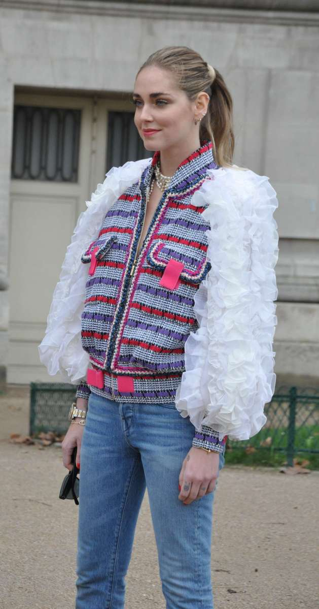 Street Style Fashion at Paris Fashion Week - Fall 2017