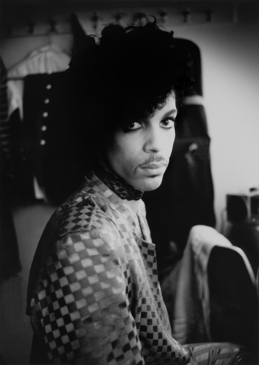 "Prince Estate Releases New Album & Video of ""Mary Don't You Weep""."